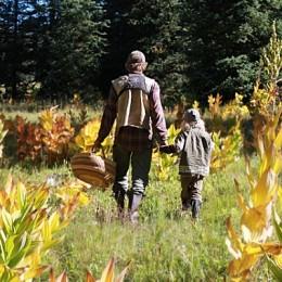 padre e figlio a funghi